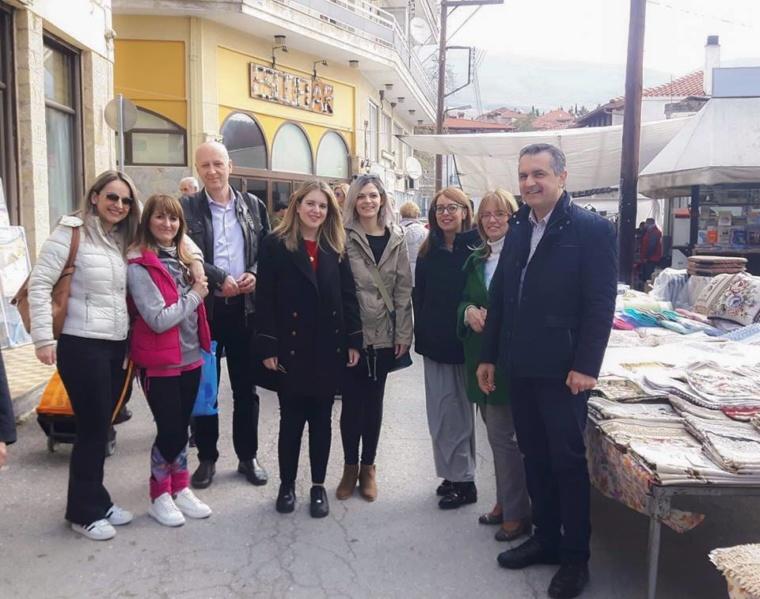 Επίσκεψη του κ. Κασαπίδη στη Λαϊκή Αγορά της Σιάτιστας